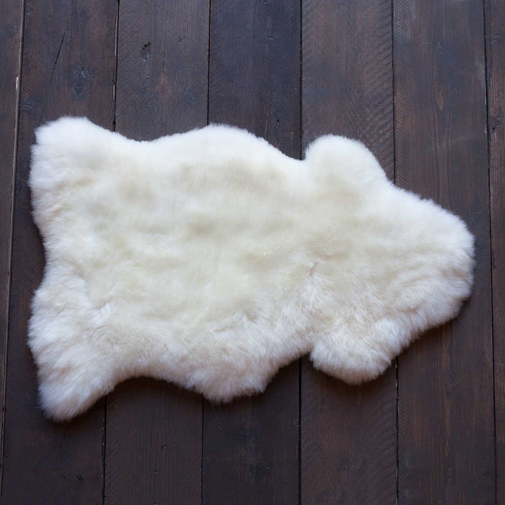 Natural White Sheepskin - Medium: 90 cm x 60cm approx. - SHEEPSKIN  from The Wool Company