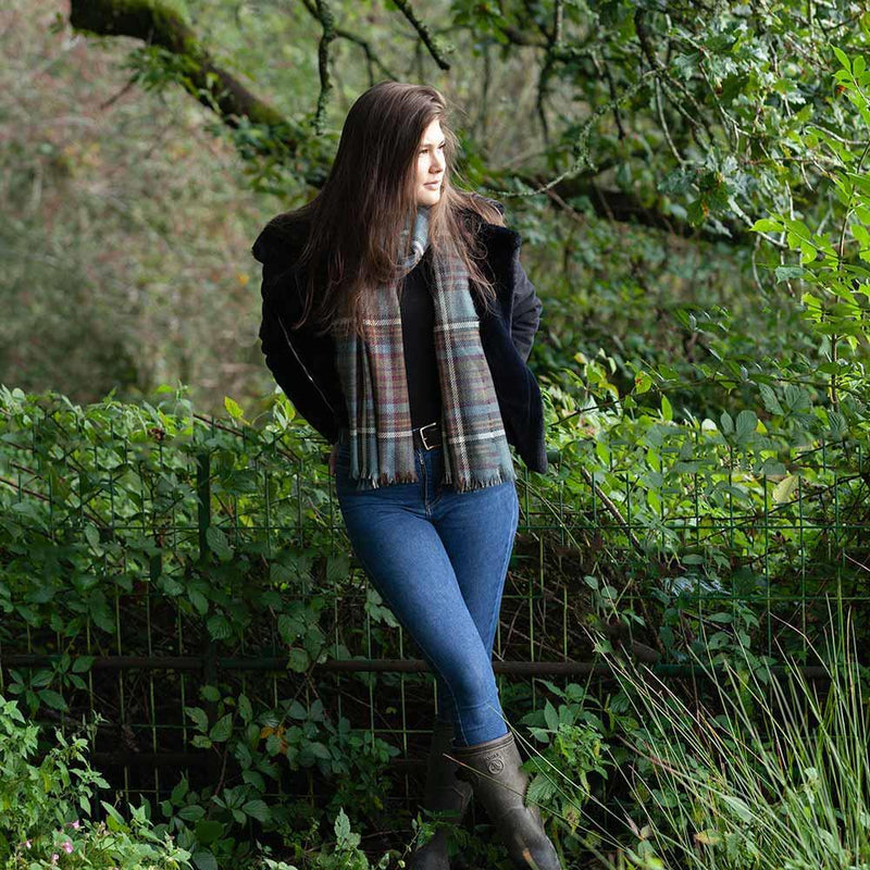 Buy Tartan Cashmere and Wool Blend Stole Anderson Antique From The Wool Company Online