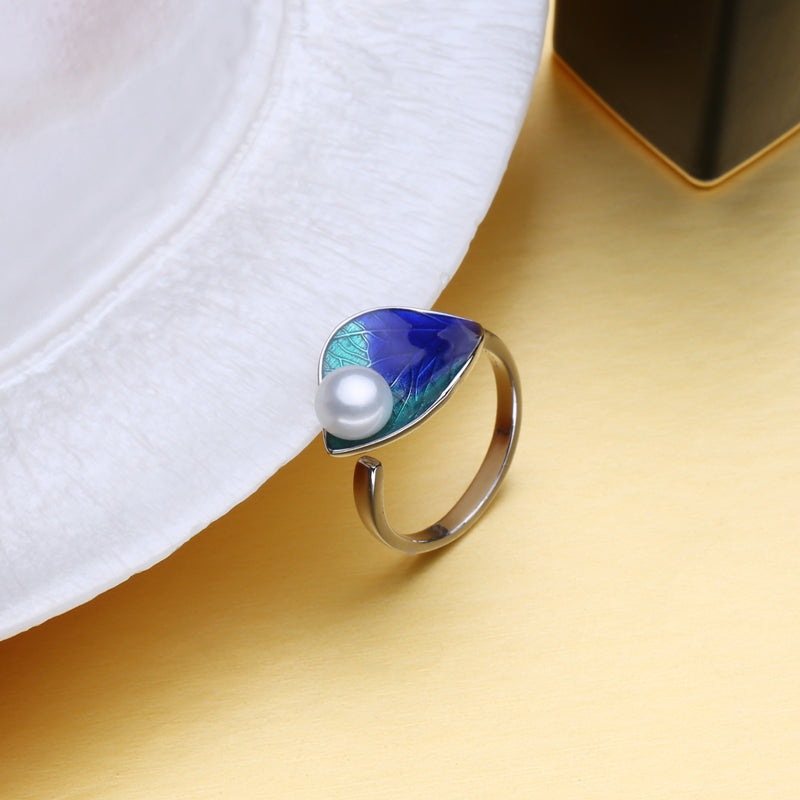 Deep Sea Allure Ring