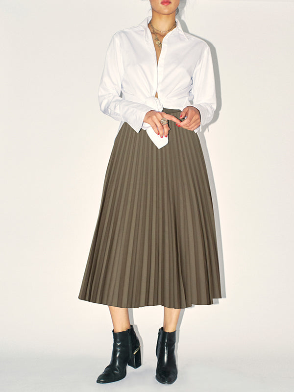 The perfect accordion-pleated skirt. Classic Six Marilyn Accordion-pleated midi skirt. Season-less, sunburst accordion-pleated midi skirt in polyester blend with grosgrain waistband.