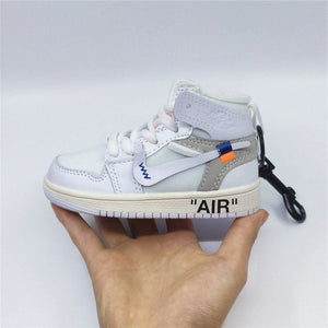 AJ1 OW Sneaker 3D Bag-Charm / Display Kicks can be attached to Backpacks and Suitcases - Action & Toy Figures