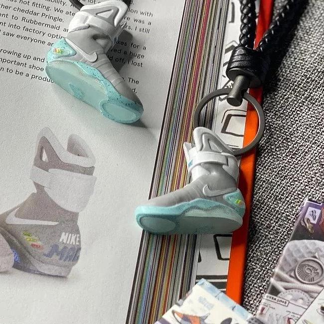 "Handcrafted Air Mags ""Back to the Future"" 3D Sneaker Keychain"