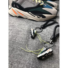 Load image into Gallery viewer, Miniature 700 Runwaver 3D Sneaker Keychain with Box/Bag