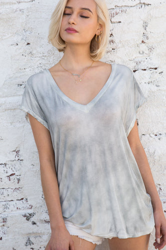 Brielle V-Neck Tee in Smokey Fog