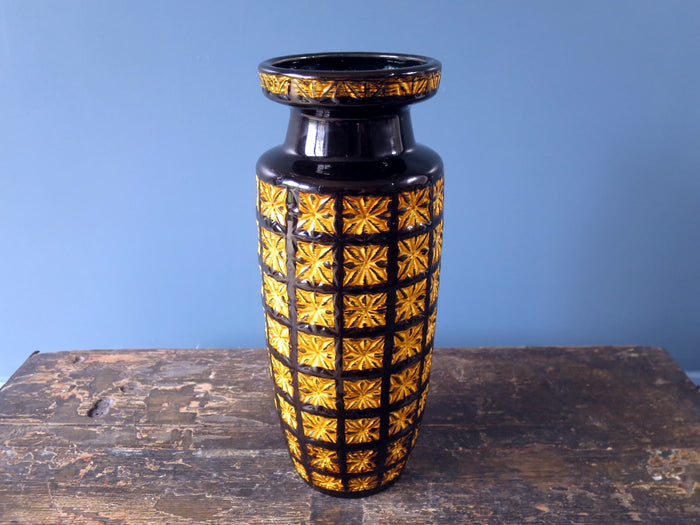 Striking vintage Scheurich Keramik West German vase with Prisma pattern 261-30