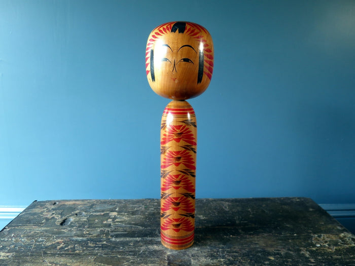 Kokeshi doll - Togatta with chrysanthemum design - large (37cm)