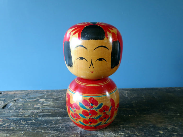 Kokeshi doll - Sakunami style, hour-glass shaped - medium (24cm)