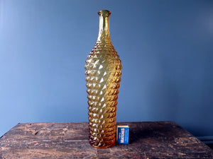 Rossini vase shaped genie bottle in Empoli glass with amber diamond point pattern