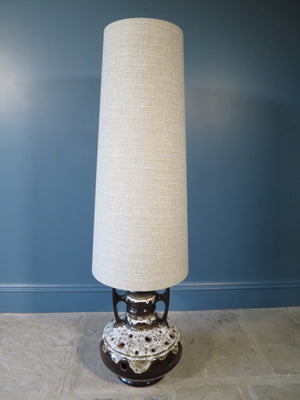 Fantastic tall floor-standing 1970s West German lamp and shade