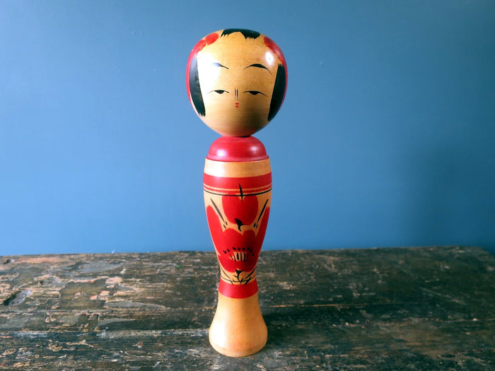 Kokeshi doll - Sakunami with chrysanthemum design - medium (25cm)