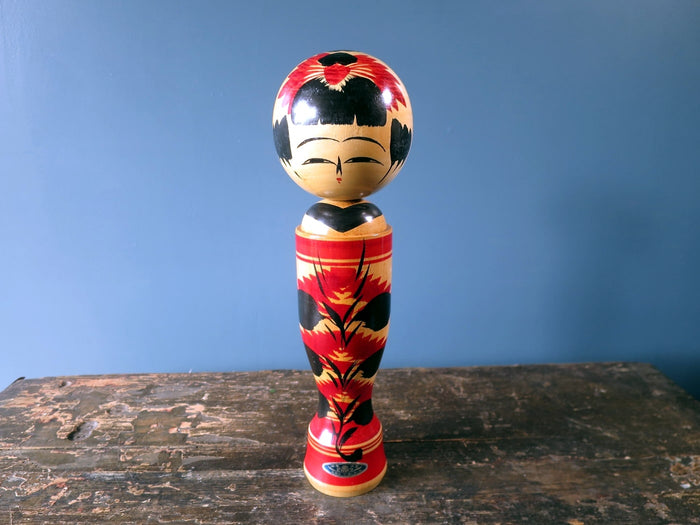 Kokeshi doll - Sakunami with chrysanthemum design - medium (30cm)