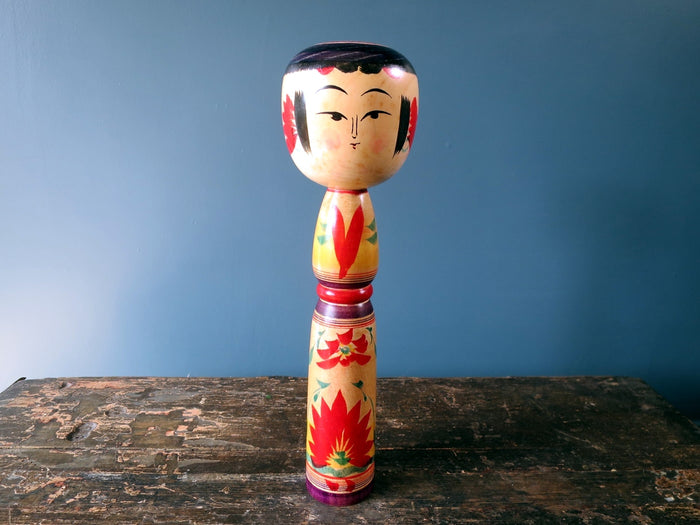 Kokeshi doll - Yajiro with chrysanthemum motif - large (31cm)