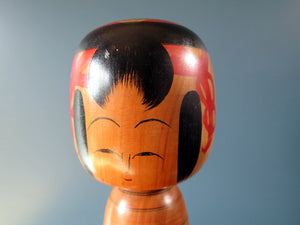 Japanese wooden Kokeshi doll - Tsuchiyu style with red stripe painted body