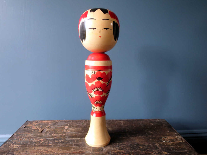 Kokeshi doll - Sakunami with chrysanthemum design - XL (46cm)
