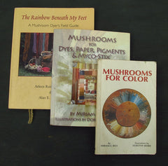 Mushroom dyers' reference books