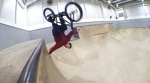 SAM JONES AT JUNCTION 4 SKATEPARK