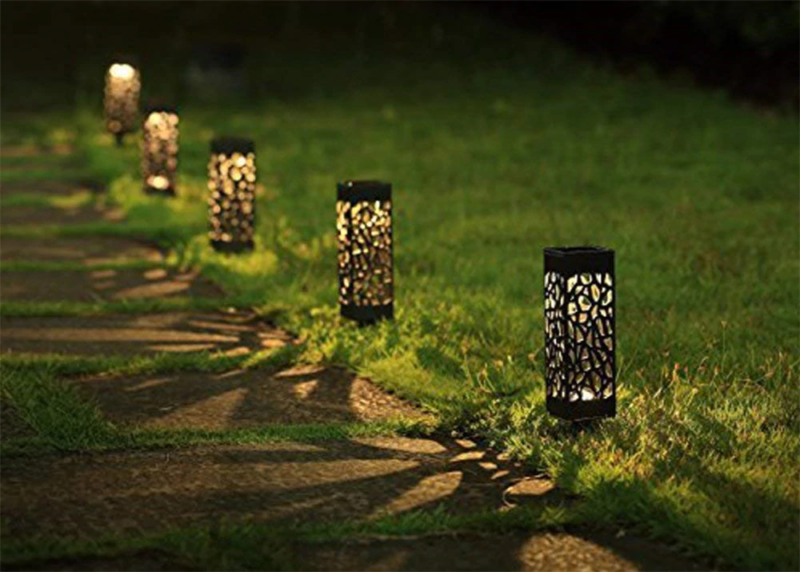 Solar Powered Vintage Outdoor Pathway Lamps