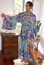 Load image into Gallery viewer, Wildflower Long Kimono