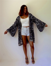 Load image into Gallery viewer, Ohana Belle Kimono