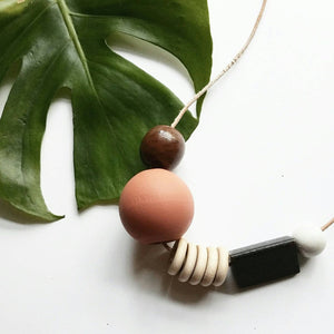 SURMA - Wooden Bead Necklace