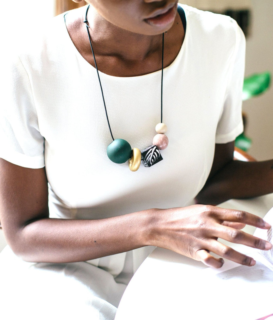 GUERLINE - Wooden Bead Necklace