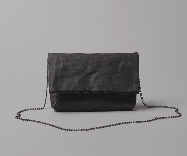 FOLDED CLUTCH - Black