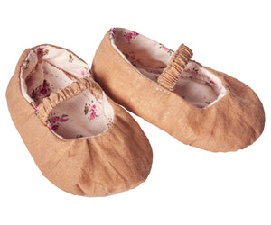 Maileg Gold Shoes for Medium Rabbits and Bunnies Children- a-fly-went-by.myshopify.com