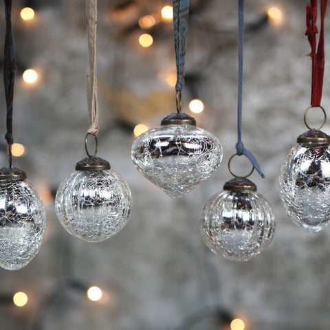 Set of 4 Silver Crackle Snow Drop Glass Christmas Baubles