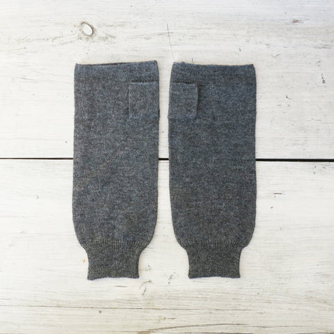 Aura Que Merino Wool Dark Grey Wristwarmer Fingerless Gloves Accessories- a-fly-went-by.myshopify.com
