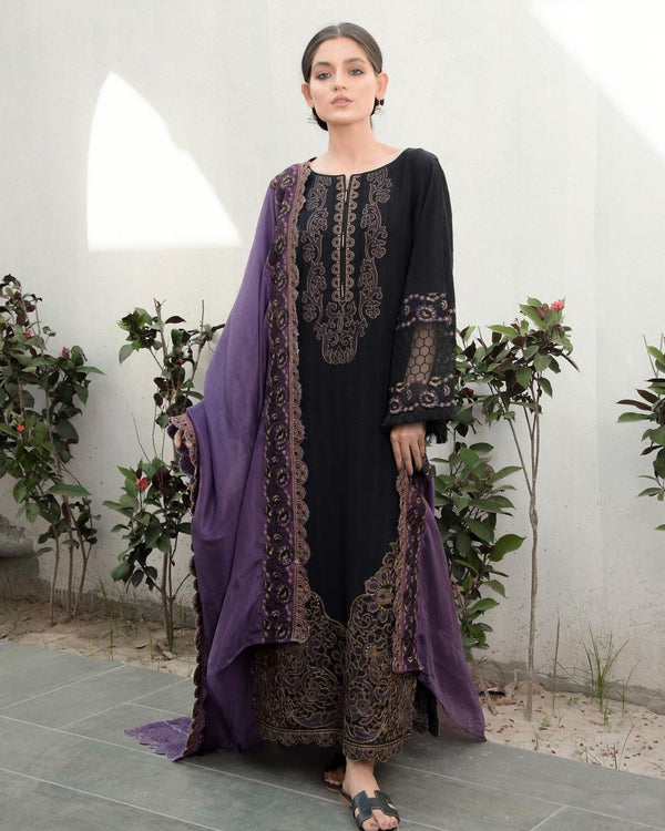 Black Embroidered Textured Lawn 3Pc