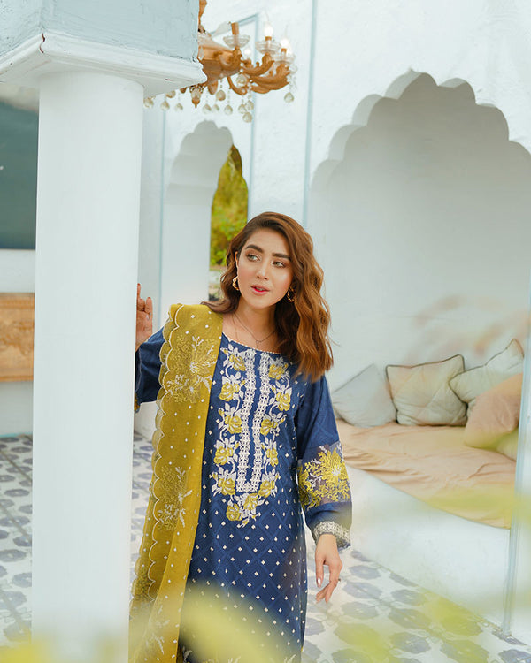Midnight Rose Embroidered Lawn 3Pc NEL-21604