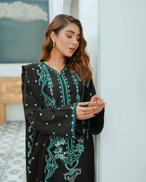 Jade Black Rose Embroidered Lawn 3Pc NEL-21601