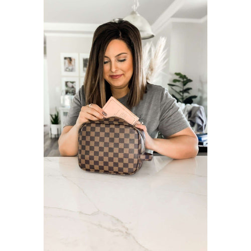 Lacey Makeup Bag - Brown:The Rustic Buffalo Boutique
