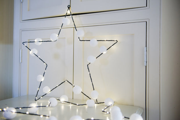 White Pom Pom Star Light