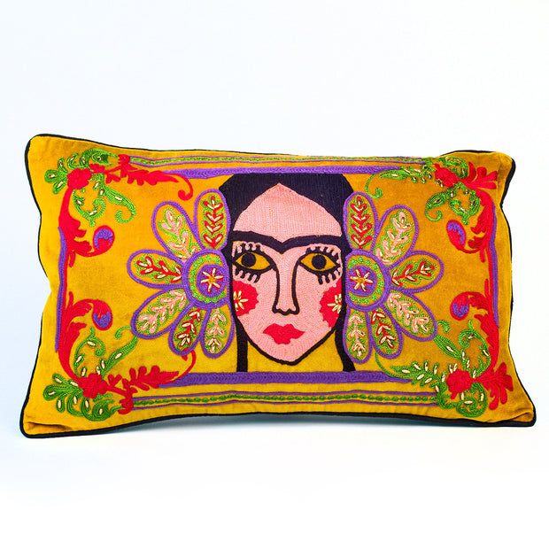 Geisha Girl Velvet Cushion