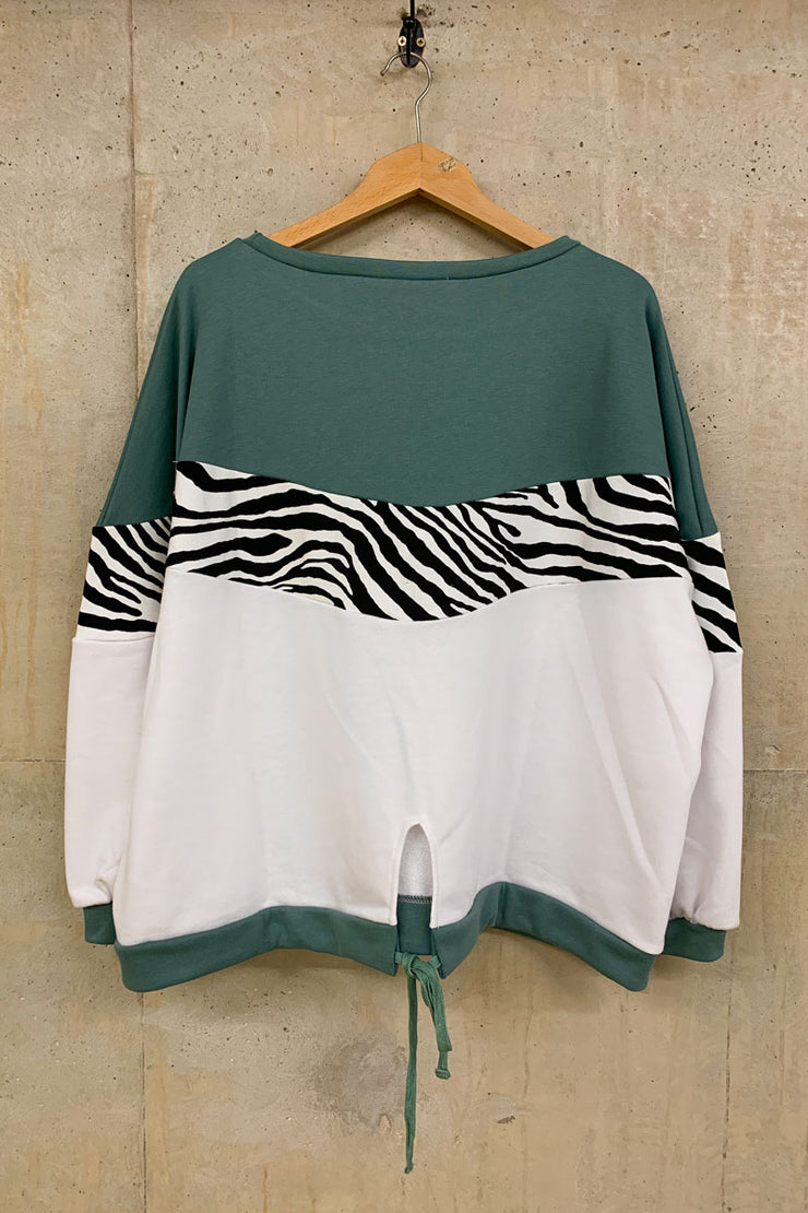 Liquorish Zebra Layered Sweat