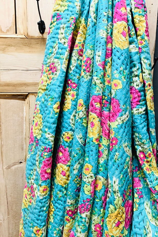 Floral Quilt in Turquoise