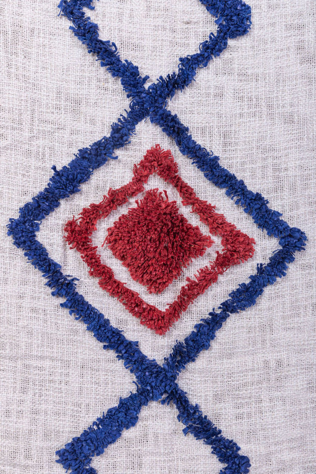 Omar Cotton Tufted Woven Throw on Natural Base