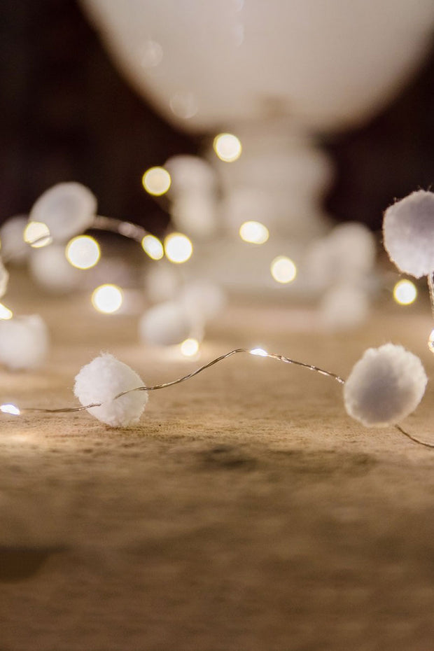 Pom Pom galaxy Fairy Lights - White