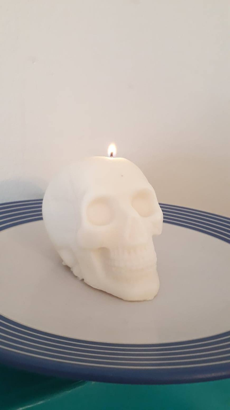 Fragranced Skull Candle / Melt - Family Lights