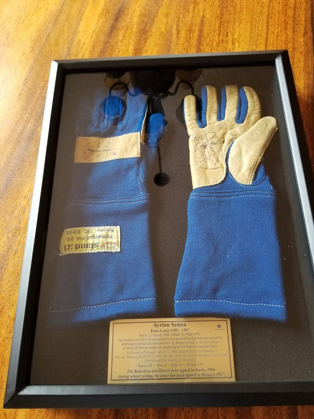 1986 Ayrton Senna race used gloves signed - Formula 1 Memorabilia