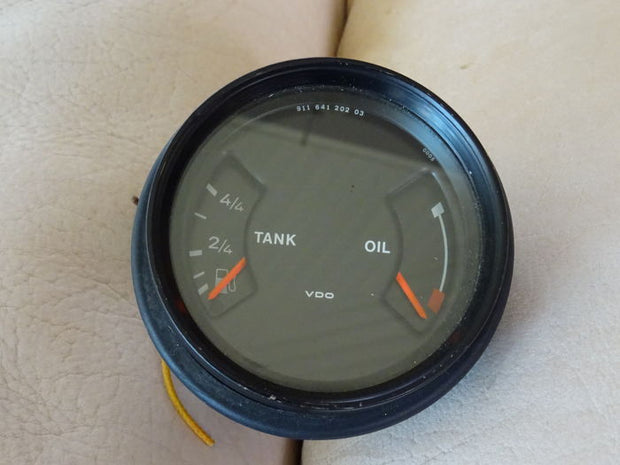1988 - 1990 Porsche 911 gauges, tank, temperature, oil, battery