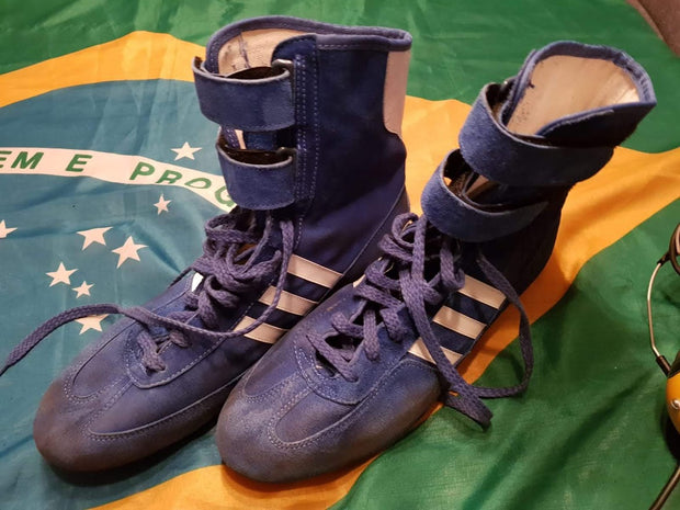 1985 Ayrton Senna race used shoes Signed - First Senna win