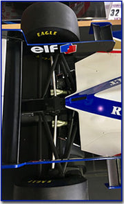 1/8 Williams FW18 by Amalgam - Formula 1 Memorabilia