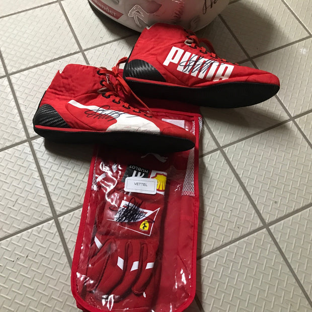 2016 Sebastian Vettel race used signed shoes - Formula 1 Memorabilia