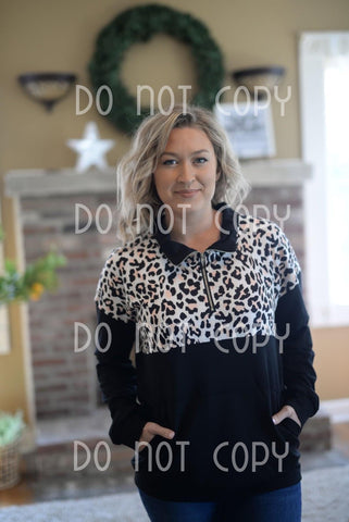 Ladies Leopard Pullover