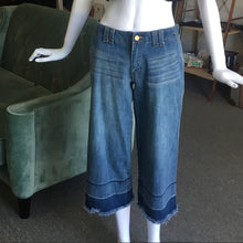 Load image into Gallery viewer, Two Tone Jeans