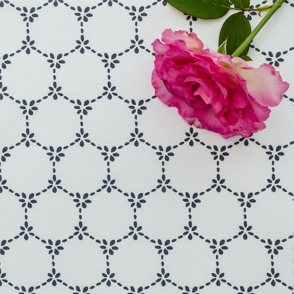 Daisy Chain trellis fabric Graphite grey