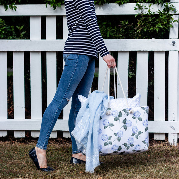 Carry all hydrangea tote bag