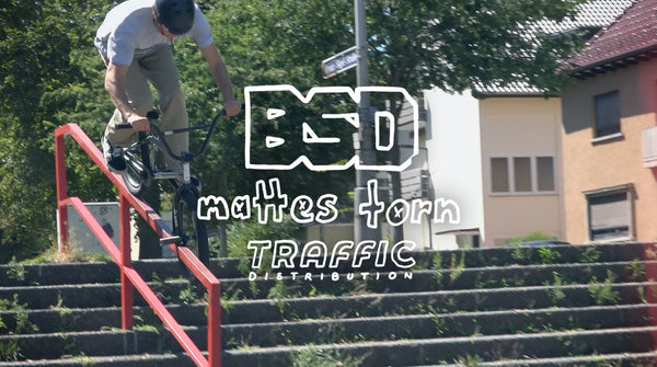 Mattes Torn Traffic X BSD video